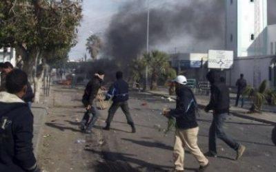 Tunisia, rivolta della gioventù marginalizzata