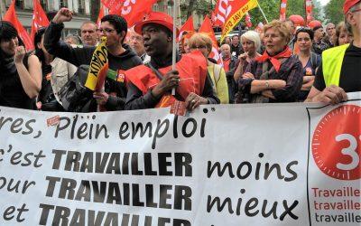 Francia, via la legge del lavoro, Valls e il suo governo