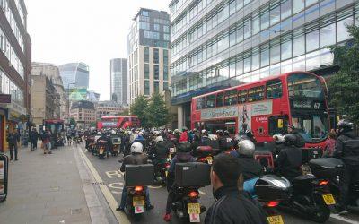 «No Money, No Food!» I lavoratori di UberEats in sciopero a Londra