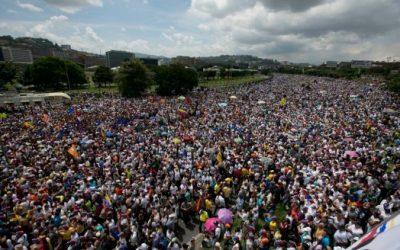 """VENEZUELA, """"Sono contro un'invasione militare, ma non posso applaudire questo governo"""""""