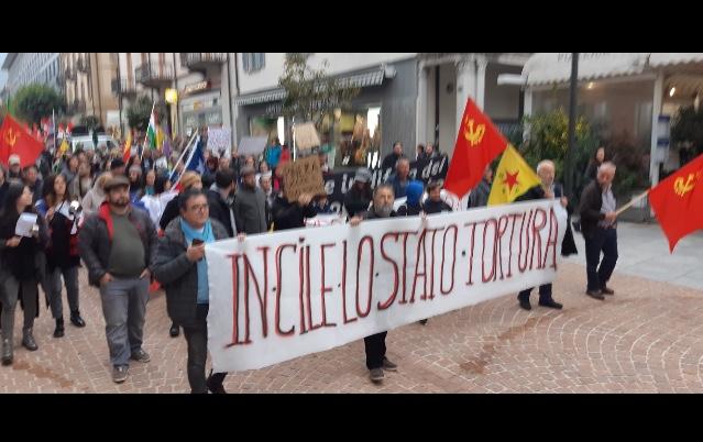 Manifestazione a sostegno della lotta del popolo cileno