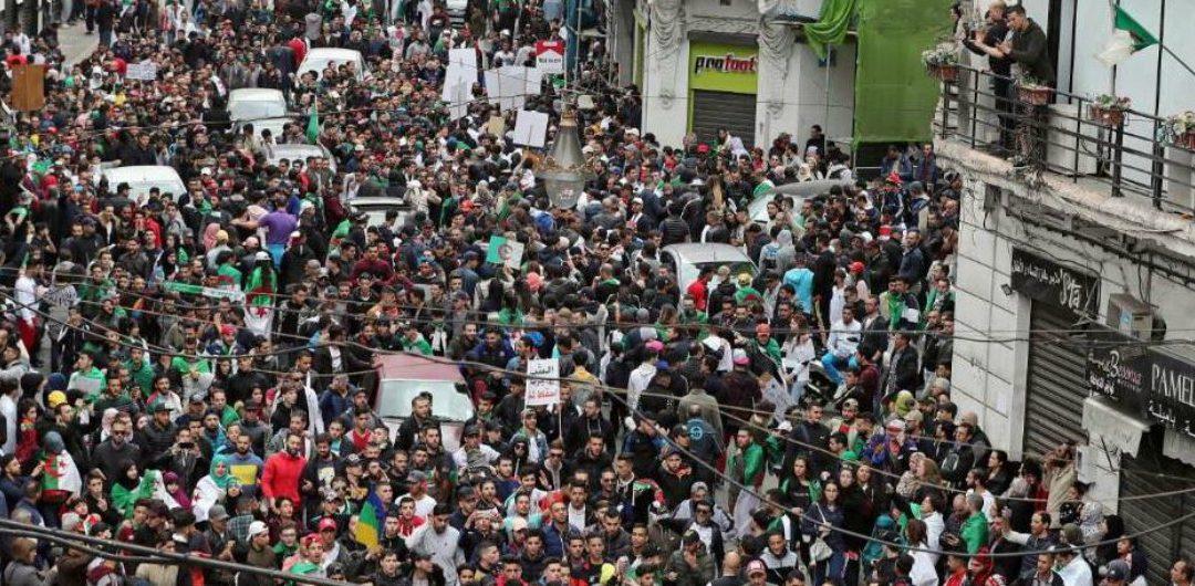 Algeria: il popolo non riconosce le elezioni organizzate dal sistema, è il momento dell'auto-organizzazione