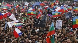 """""""Non era pace, era silenzio"""": il Cile resta in movimento"""