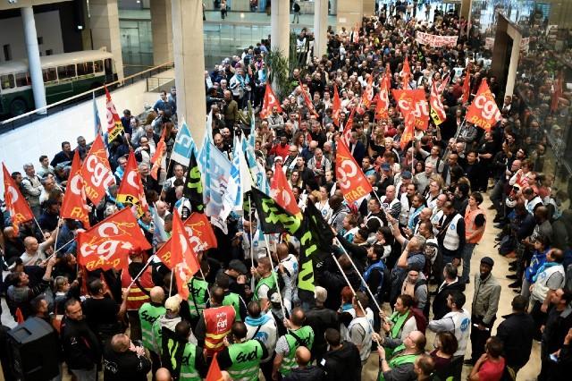 Francia: consolidare ed estendere la mobilitazione, verso lo sciopero generale