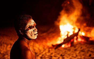 La gestione della terra in Australia: i saperi degli aborigeni per sopravvivere ai grandi incendi