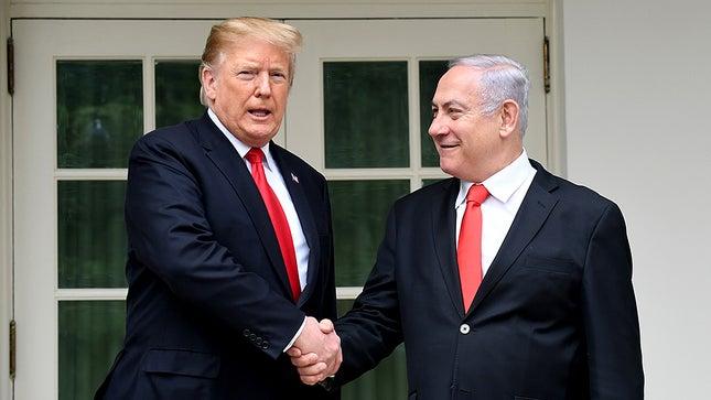 """""""Accordo del secolo"""": Trump sostiene l'apartheid, Israele applaude"""