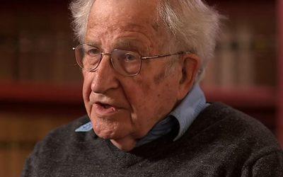 """Noam Chomsky:  """"È un disastro del capitalismo. Ma possiamo reagire»"""