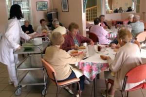 Cosa è successo nelle case anziani? E ora di saperlo!