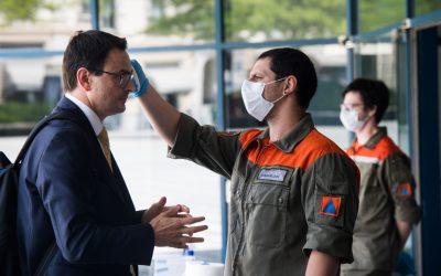 Governo cantonale e obbligo della mascherina, uno scenario già visto