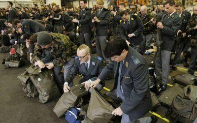 NO ai nuovi aerei! NO all'esercito!