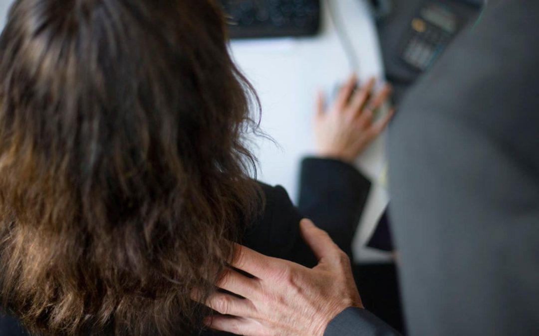 Molestie nell'amministrazione cantonale: vittima un terzo delle dipendenti e dei dipendenti. Il governo che ne pensa?