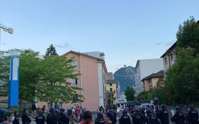 Unia condanna l'operazione di polizia contro il centro sociale di Lugano